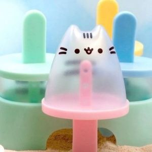 Pusheen Popsicle Mold Set - Sub Box Exclusive